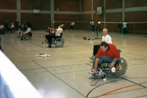 EM 1997 010