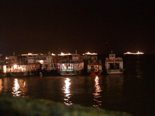 1. Bombay - Hafen 01