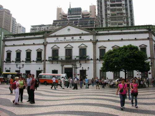 382 - Macau